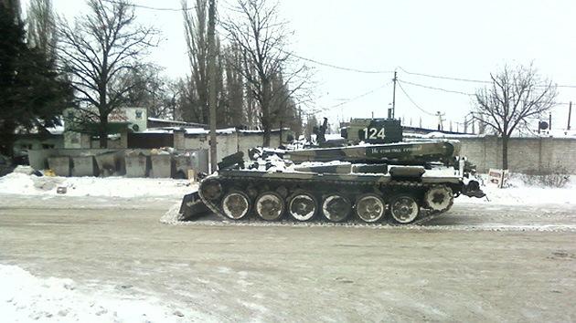 La vieja 'capital' cosaca recurre a las 'armas' para limpiar carreteras