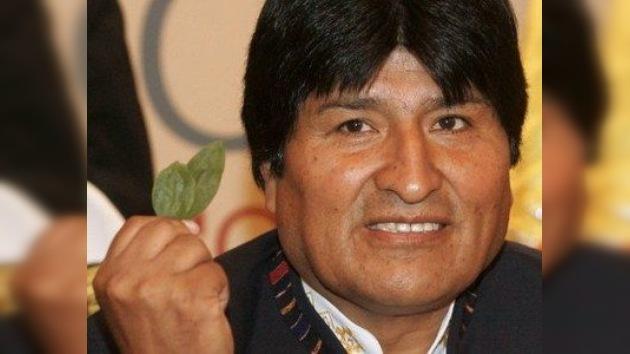 Evo Morales defiende uso cultural de la hoja de coca en Bolivia