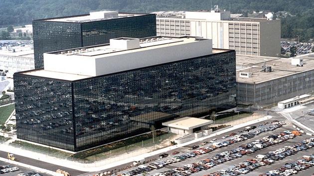 """Google tuvo que convertirse en 'espía', """"no tuvo otra opción"""""""