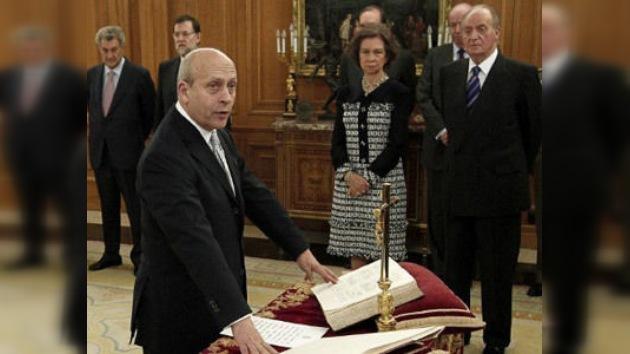 El ministro español de Cultura conmemora el Dia del Libro... con errores gramaticales