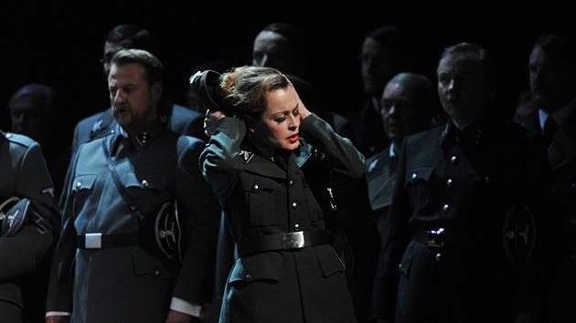 Un montaje de una ópera de Wagner con temática nazi indigna a Düsseldorf