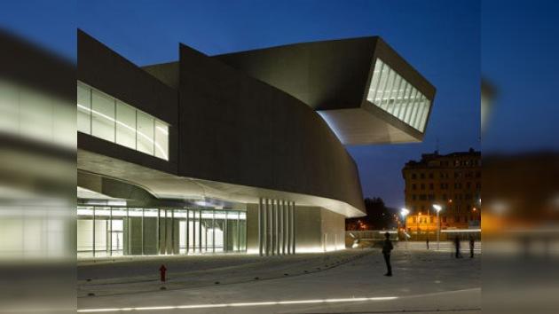 Roma inaugura MAXXI, el primer Museo Nacional de Arte Contemporáneo
