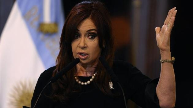 """""""¿Capitalismo o locura?"""", se pregunta la presidenta argentina ante la crisis en España"""