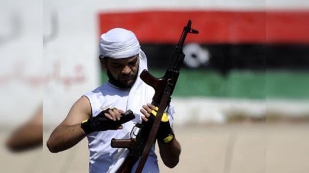 Los rebeldes libios ocupan el complejo residencial de Gaddafi