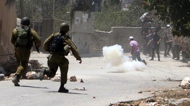 Militares israelíes matan a un palestino en un campamento de refugiados de Cisjordania