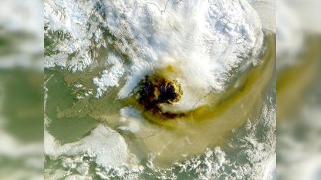 La erupción del volcán islandés podría amenazar de nuevo al tráfico aéreo en Europa