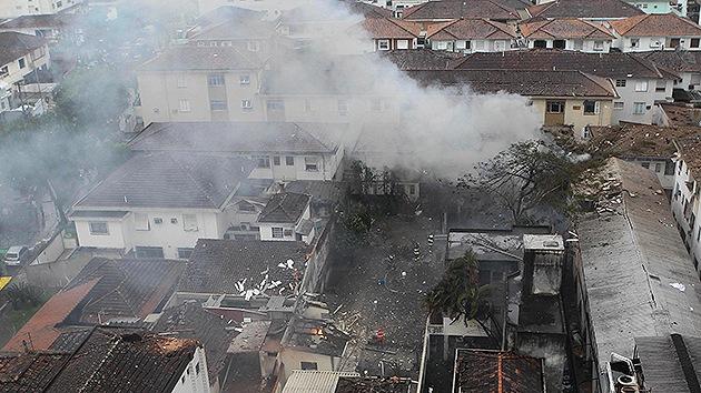 Brasil: Videos del lugar de siniestro del avión del candidato presidencial Eduardo Campos