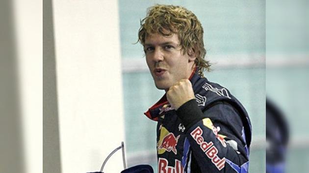 Vettel se convierte en el campeón del mundo más joven de la historia