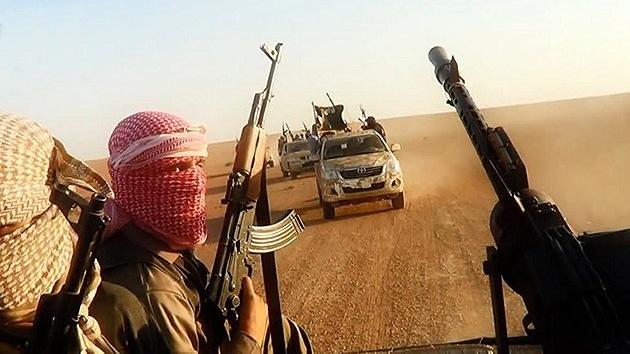 Milicianos del Estado Islámico venden mujeres yazidíes como esclavas sexuales