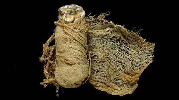 Video, fotos: Hallan enterramientos de una dinastía egipcia de 3.500 años de antigüedad