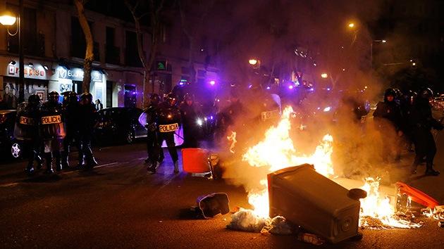 """Trabajadores de limpieza se indignan en Madrid: """"Si nos despedís, arderá Madrid"""""""