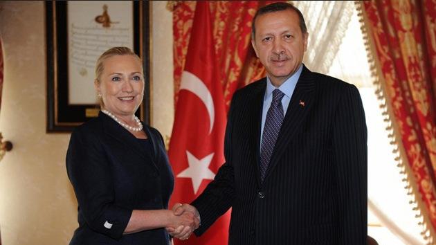 EE.UU. y Turquía se plantean crear una zona de exclusión aérea en Siria
