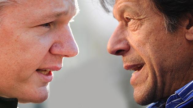 Activista pakistaní con Assange: EE. UU. quería otro Gobierno marioneta