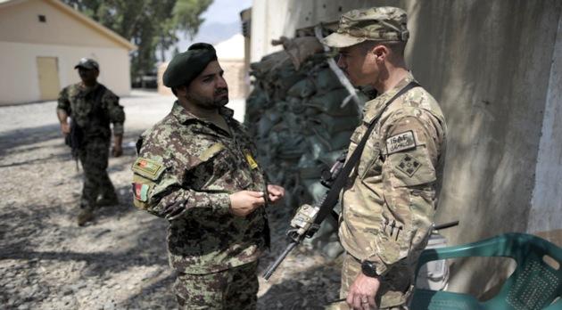 El Talibán: Tenemos infiltrados en las fuerzas de seguridad de Afganistán