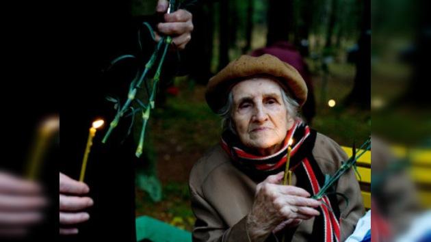 En Rusia rinden homenaje a víctimas de represiones políticas