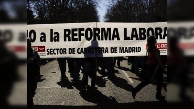 La reforma laboral en España se somete a la prueba de una huelga general