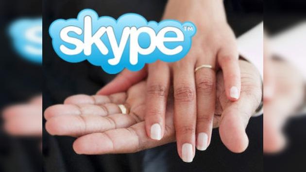 Una enfermedad obliga a una pareja estadounidense a casarse por Skype