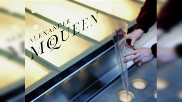 El mundo del diseño se despide de Alexander McQueen