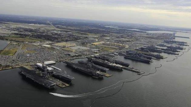 EE.UU. reduce el número de portaaviones e infantes de Marina