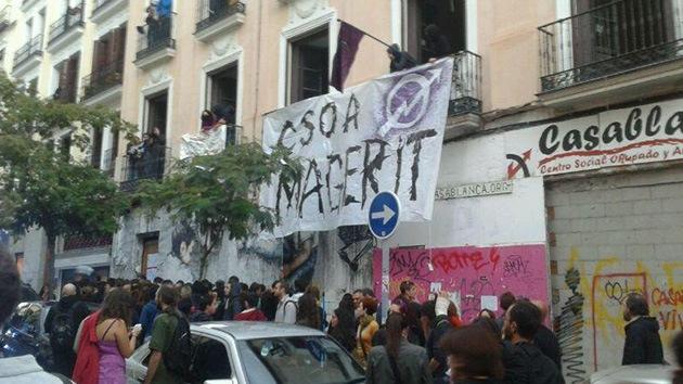 El 15-M vuelve a casa: los indignados ocupan la sede en Madrid de la que fueron expulsados
