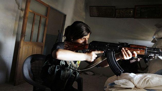 Unidades de mujeres kurdas, un problema grave para el Estado Islámico