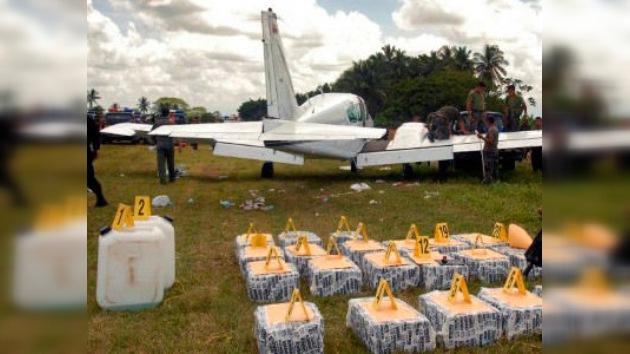 Descubren en Colombia una fábrica de aviones para transportar droga