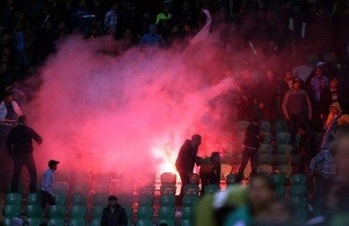 Egipto se desangra en el campo de fútbol