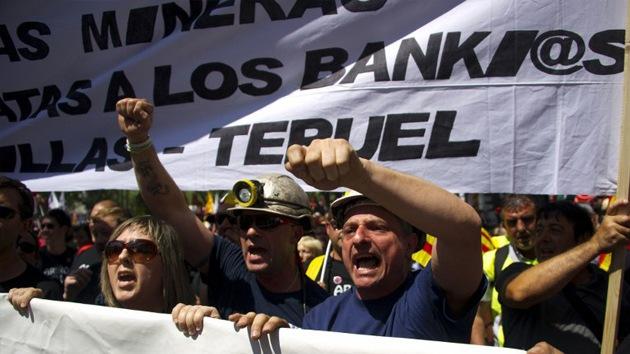 VIDEO: Violentos enfrentamientos en España durante las protestas mineras