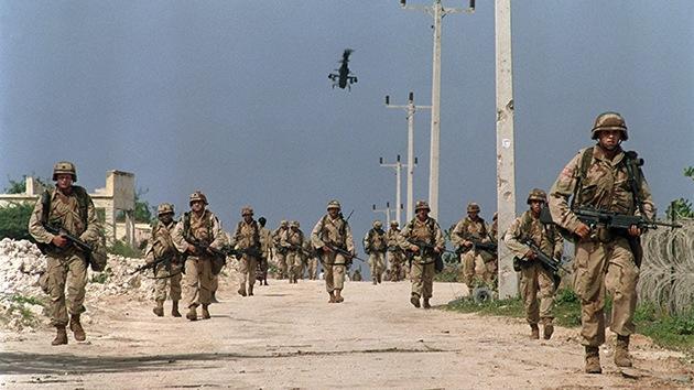 Militares de EE.UU. vuelven a Somalia por primera vez tras el derribo del Black Hawk