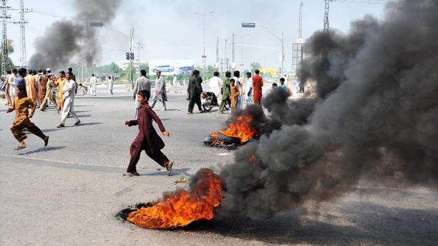 Al menos dieciséis muertos en las manifestaciones antioccidentales en Pakistán