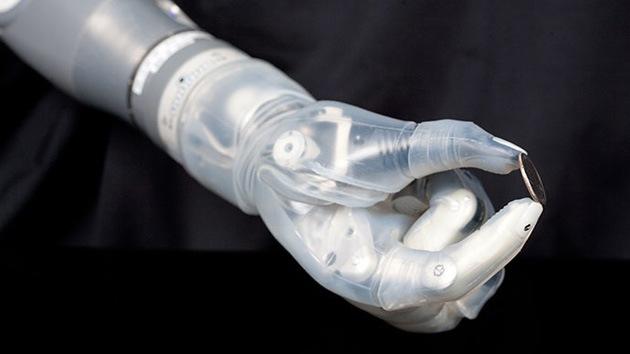 EE.UU. da luz verde al brazo robótico de 'Star Wars' para la producción en masa