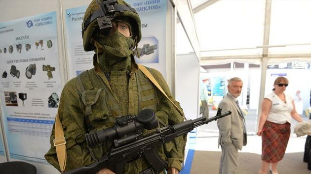 Humanoides, 'drones' y nanoarmaduras: Rusia presenta su mejor equipo militar