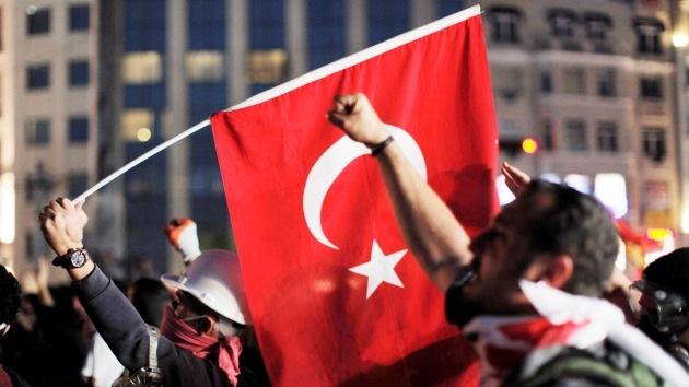 Generación Y: La juventud turca se planta ante el poder armada de humor y de tuits