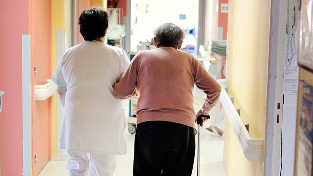 """Un médico rechaza a una paciente judía de 90 años: """"Vaya a Gaza y se le irá el dolor"""""""