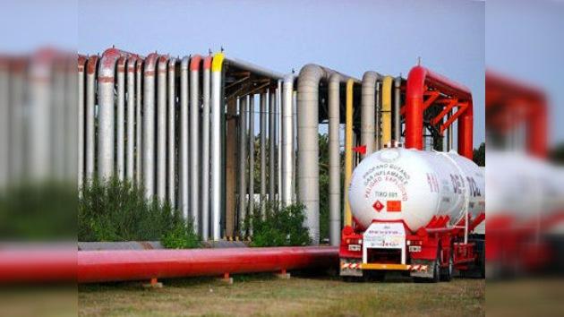 YPF acusa a la española Repsol de ir 'a medio gas'