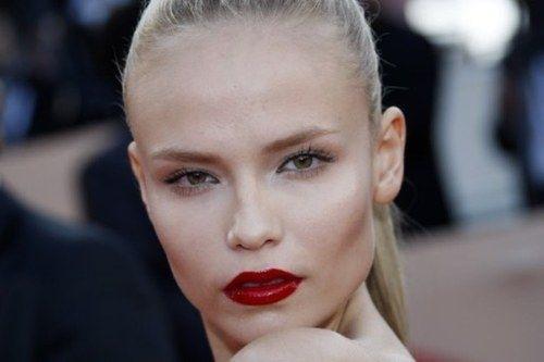 Natasha Poly, una de las modelos rusas más bonitas