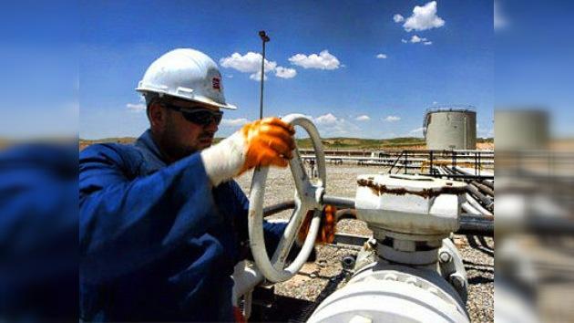 Irán corta el suministro de crudo a seis países de Europa