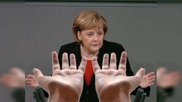 Alemania anuncia ayuda financiera para Grecia en caso de bancarrota