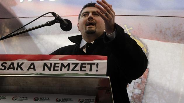 Un líder neonazi húngaro descubre que es judío y se arrepiente de su actividad política