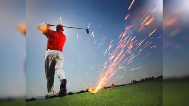 Un palo de golf quemó todo el campo