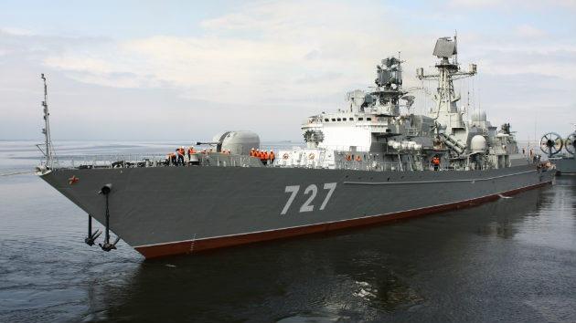 Buques de guerra rusos zarpan rumbo a Siria para evacuar a ciudadanos rusos