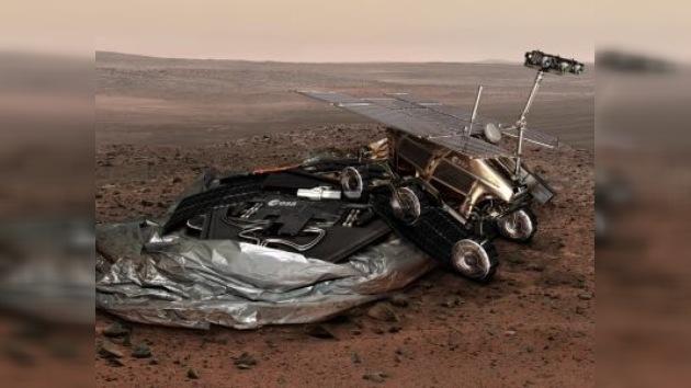 La NASA se aleja de Marte, Roscosmos calienta motores