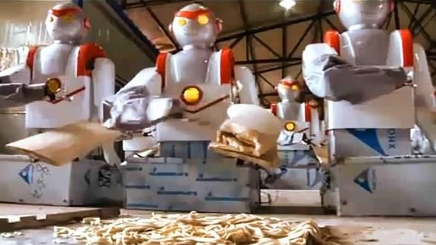 Video: Crean un robot-pinche que 'echa un cable' con los fideos
