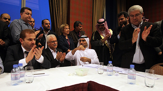 """La oposición siria firma un acuerdo para """"consolidar la resistencia a Al Assad"""""""