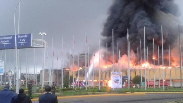 Un incendio provoca el cierre del aeropuerto de Nairobi