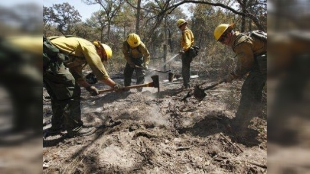 Los incendios en Texas ya han destruido 1.500 viviendas
