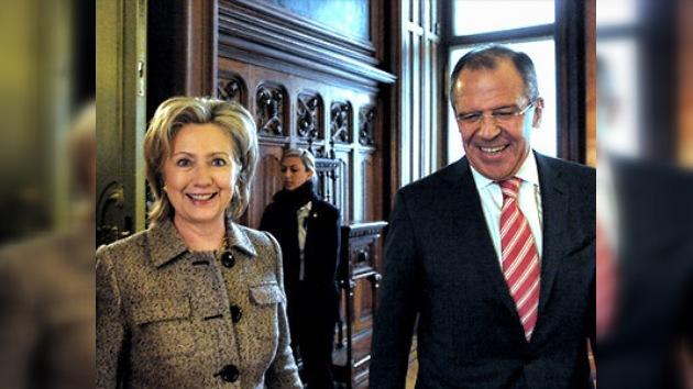 Serguéi Lavrov: Continuaremos las negociaciones después de firmar el START