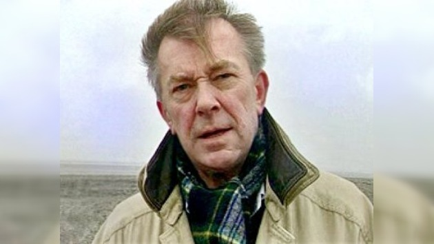 Periodista británico admite haber matado a su pareja por compasión
