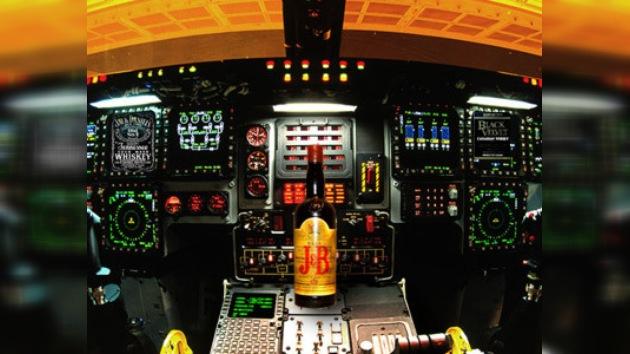 Piloto estadounidense ebrio casi vuela en la dirección incorrecta
