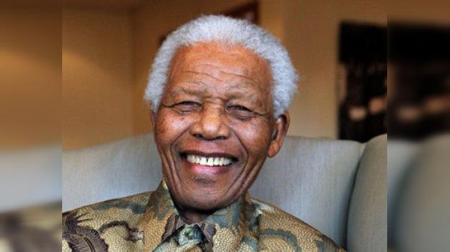 Nelson Mandela sale del hospital